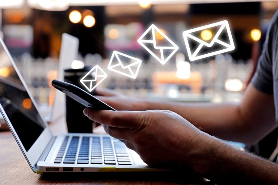 email su dispositivi mobili